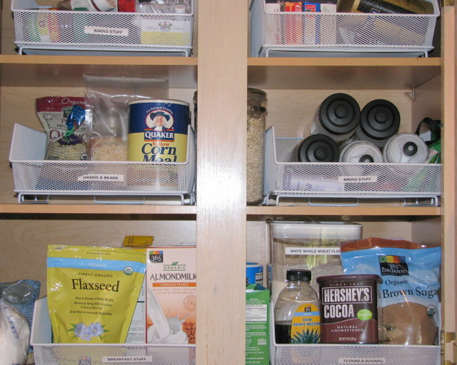 Living the Healthy Life: Must-Have Items for Your Pantry